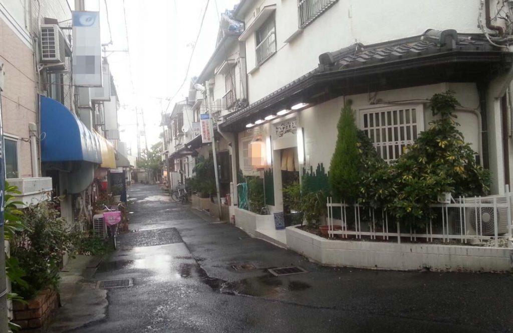 信太山新地も緊急事態宣言で休業